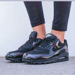 Nike Air Max 90 Black Out Training Sz 9